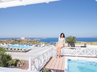 OIA SUNSET VILLAS - villa 'EMERALD' - Pool & Spa