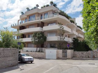 Apartment Villa Orsan with large tarrace, Dubrovnik
