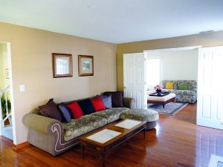 Furnished 4-Bedroom Home at Highland Grove Dr & Hobson Dr Buffalo Grove