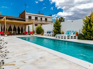 Unique and special townhouse with pool located in Sant Joan, a rural village in the heart of Mallorca - HM010CNO