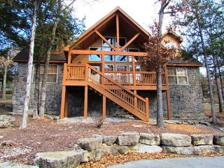 Stone's Throw-4 bedroom, 4 bath lodge located at StoneBridge Resort, Branson West