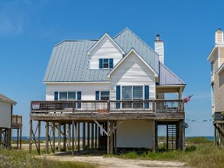 'Surf N Turf' on the Sound | Amazing Decks | Fully stocked kitchen!, Dauphin Island