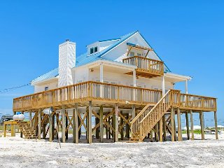 'Southern Comfort' on the Gulf | Newly Refurbished | Huge Deck & Great Views!, Dauphin Island