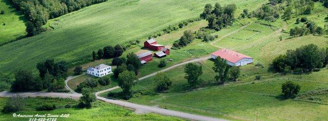 Luftaufnahme von 180-Morgen-Eigenschaft