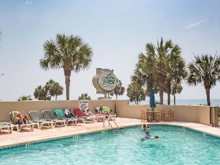 Clean, Cozy, Affordable 1 Bedroom Condo Rental at Ocean Forest Plaza in Myrtle Beach