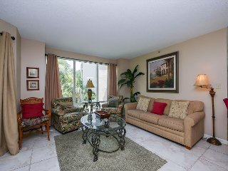 3121 Villamare - 1st Floor beautifully furnished w/ courtyard views., Hilton Head