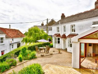 ASHFORD CHERRY COTTAGE | 4 Bedrooms