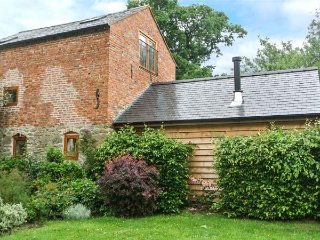 THE OLD MILL character restored mill, eco-friendly, pet-friendly, WiFi, Chirbury