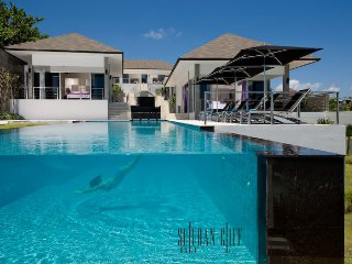 Bali Villa Suluban Cliff Direct Oceanview Clifftop