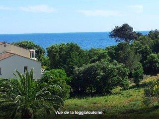studio en Provence vue mer acces piscine
