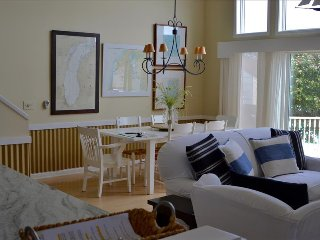 """Harbor Boat House"" - Designer Style 2 Bedroom w/Loft Has Great Views of the Harbor, Manistee"