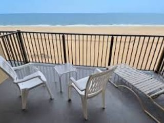 Direct ocean front can sleep 6 weekly rental, Ocean City