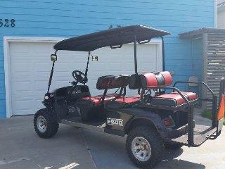 BRAND NEW LISTING, Free Golf Cart, Boardwalk to Beach, 6bed/3bath, 2 Kitchens, Port Aransas