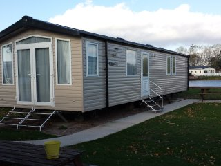 BUTLINS SWIFT BORDEAUX EXCLUSIVE CARAVAN, Minehead