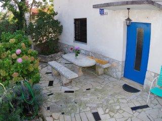 Affordable holiday apartment in village Rakalj