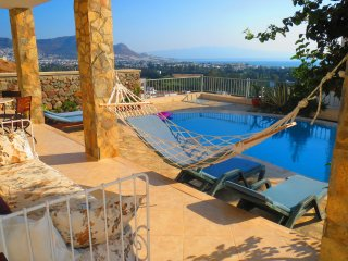 Spacious triplex villa with a private pool, Turgutreis