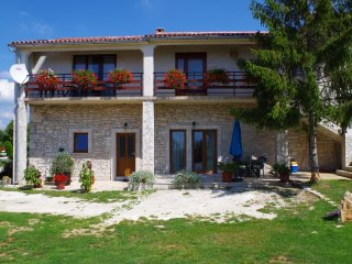 Holiday apartment in pittoresque Istrian village