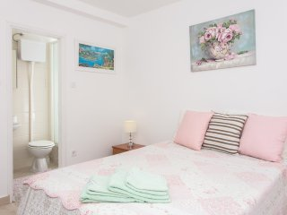 Guest House Ćuk - Economy Double Room with Private External Bathroom