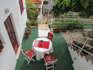Apartments Franka - One-Bedroom Apartment  with Terrace and Garden View