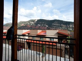 Luxury Townhome - 4 Miles from Downtown - Free Night Offer, Durango