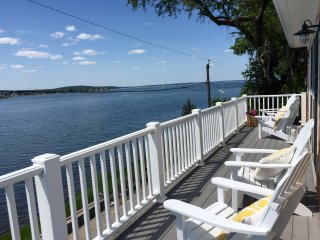 Ports View Cottage - Gourmet Kitchen & Water view, Tiverton
