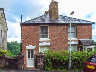 BLUEBELL COTTAGE, semi-detached, pet-friendly, woodburner, WiFi, terraced garden