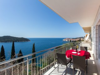 Apartments Villa Ari- Superior Three Bedroom Apartment with Balcony and Sea View