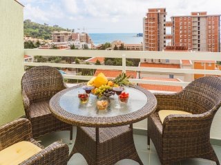 Apartment Markovic - Two Bedroom Apartment with Sea View