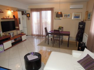 Apartment Ivan - Two-Bedroom Apt. with Balcony A4, Murter