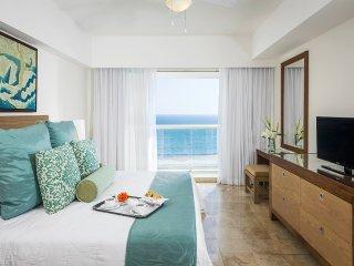 Mayan Palace Acapulco 2BR/2BA Master Suite