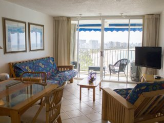 Beachfront Studio at ESJ Azul #1471, Isla Verde