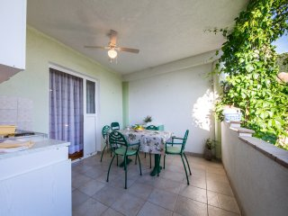 Garden Apartments- Double Room with Terrace (Ribica)