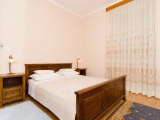 Villa Mirna - Two-Bedroom Apartment