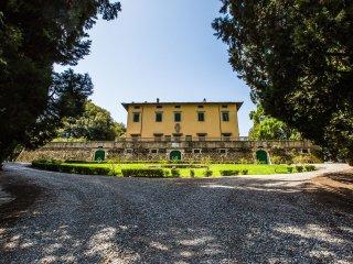 Villa Pandolfini 1, Lastra a Signa