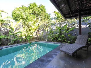 1 minute to Beach - Great Location!, Sanur