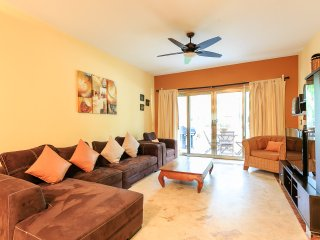 OPULENT 3BR/2BA LUXURY CONDO 'CASA MIA 107' In Playacar II - Pool WiFi  Beach...