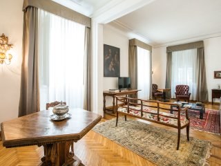 HUGE 7BD APARTMENT, Florencia