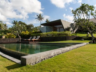 Villa Umalas with a beautiful landscape garden