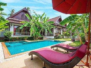 Stylish 3 bed Laem Sor Beach villa
