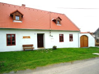 Holiday home 'U Jablka' in South of Czech, Vranov nad Dyji