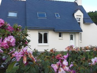 Maison Beg Meil au bord de mer/close to the beach