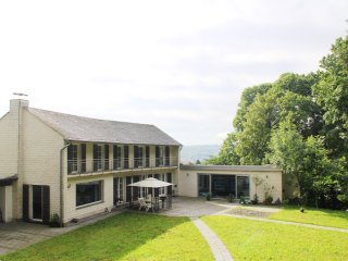 Luxury Villa EMG Wuppertal near Dusseldorf Cologne 22 Pax