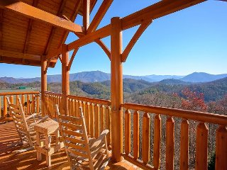 Incredible Mountain Views, Home Theater Room with 9 Foot Screen, Game Room, Sevierville