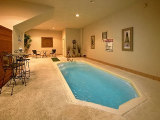 Amazing Indoor Pool Cabin - Pool Table, Hot Tub, Sauna, Covered Deck Sleeps 4