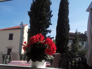 Cute and cozy Apartment Mali Ante, Split