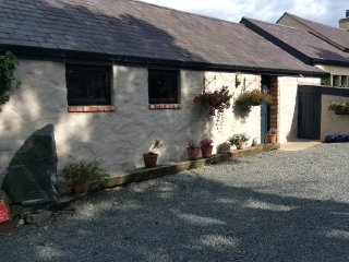 Rural retreat. Converted cattle byre. Heart of the country yet close to towns. Big dog run to rear