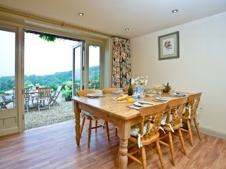 The Shippen, Sherway Farm Holiday Cottages located in Near Exeter, Devon