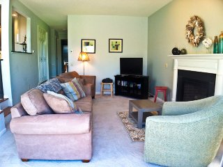 Bayside Ocean Edge: 3 Bedrooms with Central A/C, Beach & Pool - BP0397, Brewster