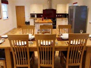 198-Lochside Holiday House, Crathie