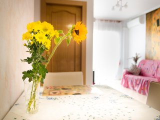 2 dormitorios, salón comedor, cocina en Torrevieja